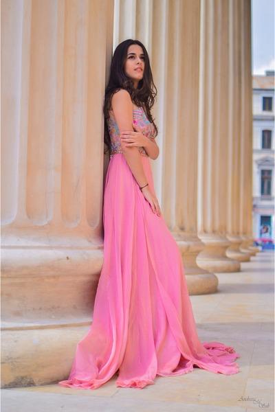 pink long Dresswe dress