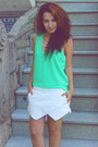 Black-zara-bag-white-zara-shorts-black-blanco-sandals-aquamarine-zara-top