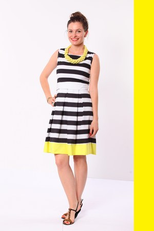black  white romwe dress