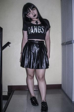 black creeper shoes - black gangsta crop Forever 21 top - black studded belt