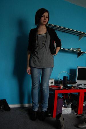 black H&M blazer - gray Target t-shirt - blue H&M jeans - black Target shoes - g
