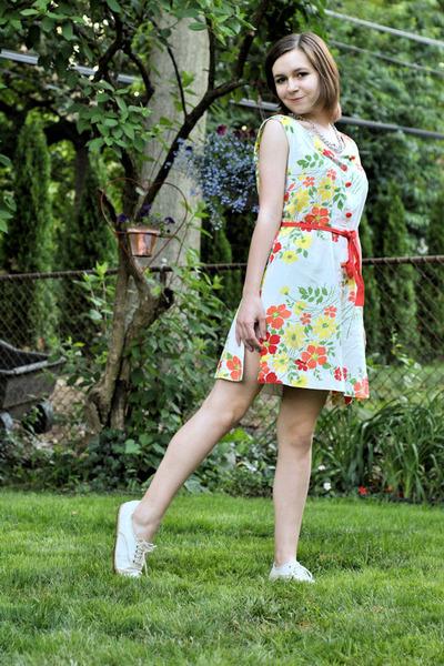 white via chictopia Keds sneakers - white vintage dress