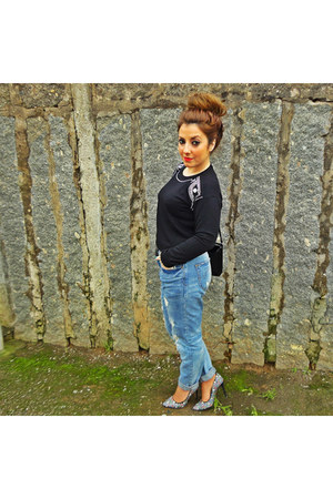 black H&M sweater - red Zara shoes - sky blue Zara jeans