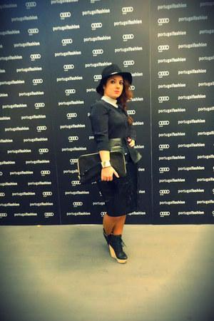 black Zara hat - black Zara blouse - white pearls Bijou Brigitte necklace