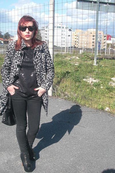Zara shirt - Jeffrey Campbell boots - BLANCO coat - Zara jeans - Parfois bag