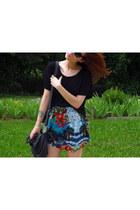 Zara skirt - Zara shirt - Parfois bag - Ray Ban sunglasses