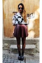 brick red Lashes of London skirt - black leather wedges Eureka boots