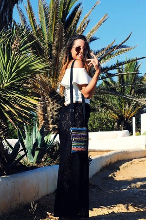 hot pink mirrored zeroUV sunglasses - black lace Despe&Veste pants