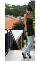 green Zara top - blue Bershka jeans - black Bershka shoes - black leggings - bla