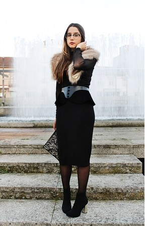 black Zara boots - black lavish alice dress - black peplum Zara belt