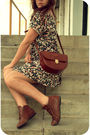 Pink-savers-dress-brown-etsy-shoes-brown-purse