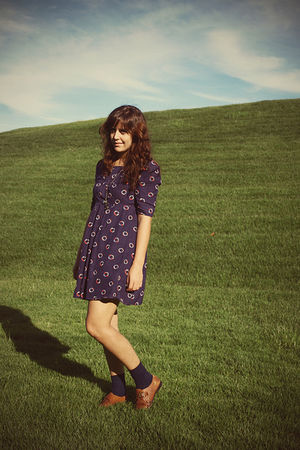blue Tulle dress - brown Goodwill shoes