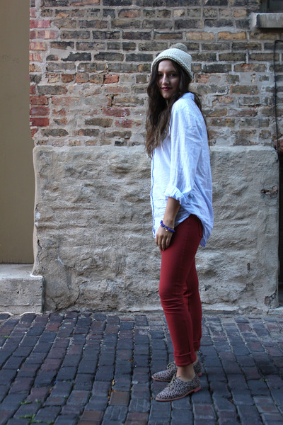periwinkle button down H&M shirt - hot pink oxfords Dolce Vita shoes