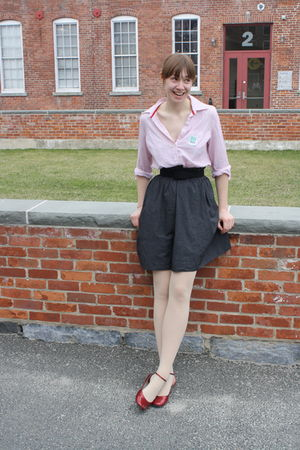 pink Old Navy shirt - gray Missoni skirt - red shoes - black belt - beige Capezi