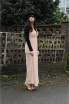peach H&M dress - black H&M hat - black Pimkie sweater - gold Forever 21 heels