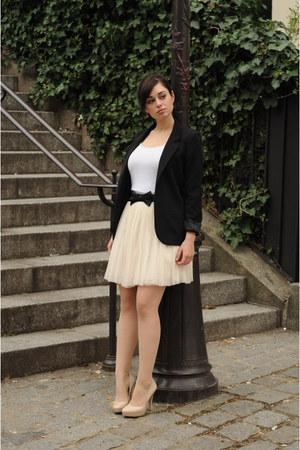nude Aldo heels - black Silence & Noise blazer - light pink Naf Naf skirt