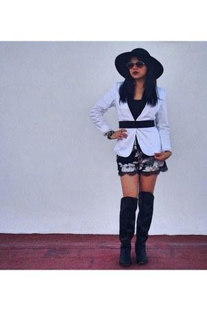 black boots - black hat - white Pimkie blazer - black printed Topshop shorts