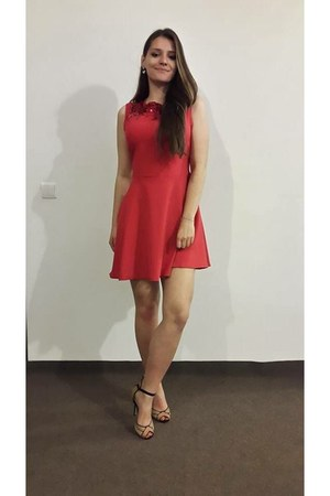 red material Mango dress