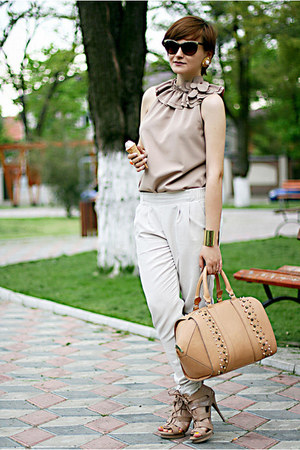tan Zara bag - white River Island pants