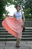 light pink pleated vintage skirt - white Zara t-shirt - black Zara sandals