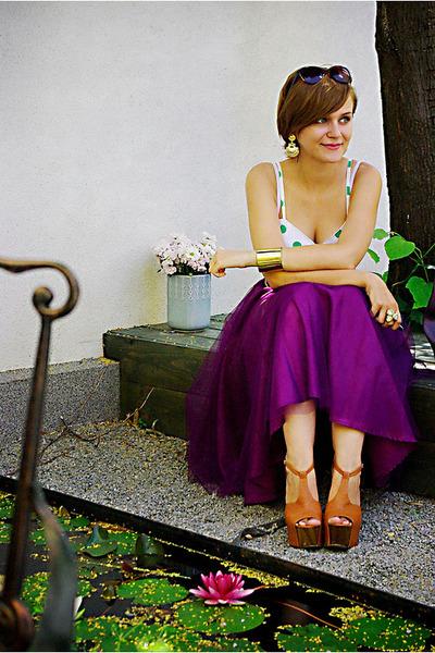 tawny Jessica Simpson shoes - magenta vintage skirt