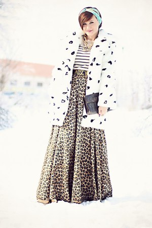 brown leopard print handmade skirt - white Topshop coat - vintage accessories