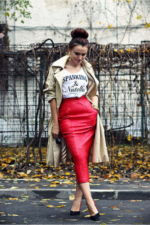 red leather vintage skirt