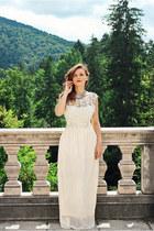 off white maxi Sheinside dress - sky blue Zara necklace
