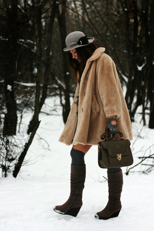 tan vintage coat - heather gray asos socks - charcoal gray random brand boots -