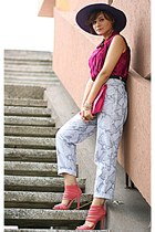 heather gray snake print vintage pants - magenta vintage top