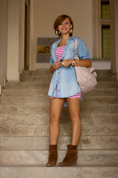 brown suede Zara boots - bubble gum striped New Yorker dress