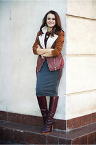 brick red leather Zara boots - charcoal gray pencil Primark skirt