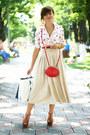 White-lips-print-oasap-shirt-red-primark-purse