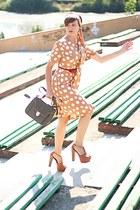 Jessica Simpson sandals - tan vintage Louis Feraud dress