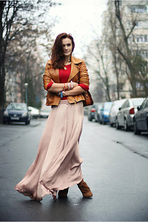 beige silk Zara skirt