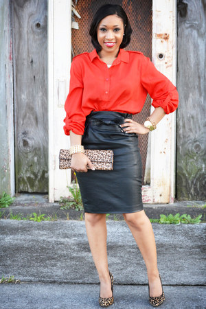 leather H&M skirt - Aldo purse - Aldo pumps - Forever 21 blouse - H&M necklace