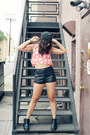 Daisy-gypsy-junkies-top-ankle-boots-lulus-boots-leather-h-m-shorts