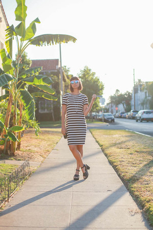 dress stripes Uniqlo dress - heels Dolce Vita shoes