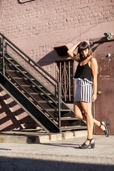 crop top lulus top - Dolce Vita heels - H&M skirt