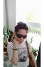Tawny-shoulder-bag-f-f-bag-dark-brown-ombre-cloud-sunglasses