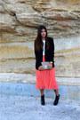 Coral-missguided-skirt-black-bottega-veneta-boots-black-zara-blazer