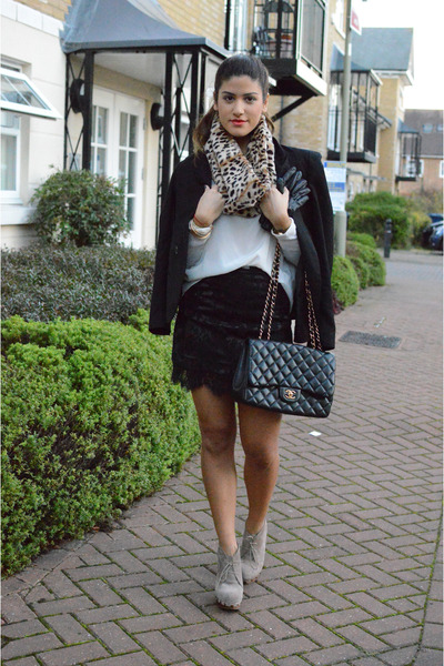 black asos blazer - light brown leopard asos scarf - black Chanel bag