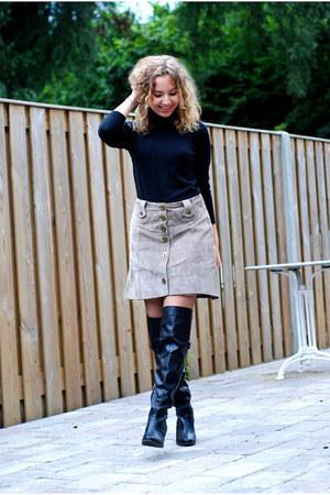 camel vintage skirt - black over knees dvf boots - black Mango sweater