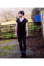 black H&M t-shirt - gray DIY necklace - gray All Saints jeans