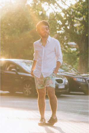 dark brown oxfords Zara shoes - white H&M shirt - aquamarine Zara shorts
