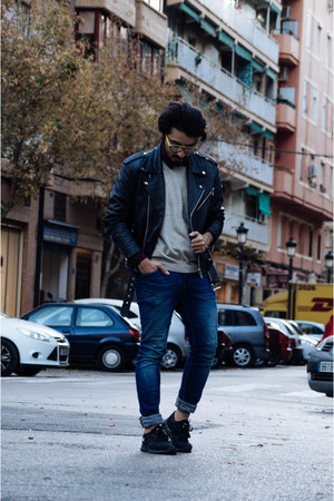black leather biker Gabriel Seguí jacket - blue blue denim pull&bear jeans