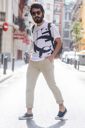 juan vidal t-shirt - MIPAC bag - H&M sneakers - H&M pants