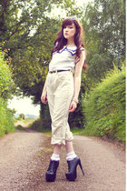 ivory vintage pants - white Ebay socks - white Urban Outfitters sunglasses