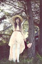 white Chicwish dress - neutral Love dress