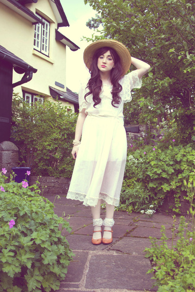off white frilly socks DIY socks - ivory jessica mclintock dress